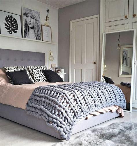 d馗oration chambre noir et blanc 1001 conseils et idées pour une chambre en et gris sublime