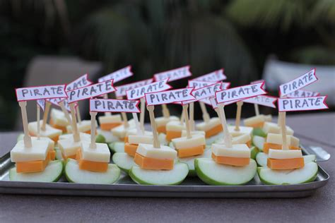 four pirate snacks fit 570 | img 5557