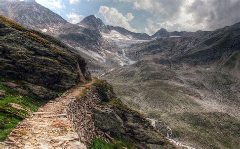 Mountain Road Landscape Wallpaper