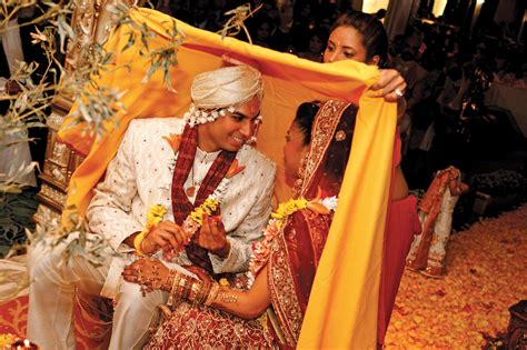 Indian Wedding : Indian Wedding Traditions