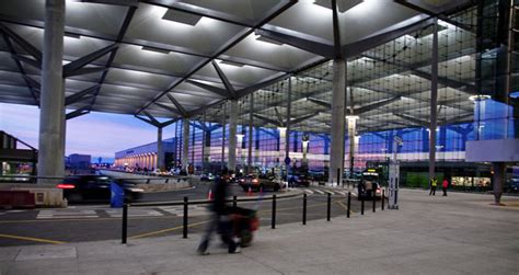 historia del aeropuerto de malaga ii presente  futuro