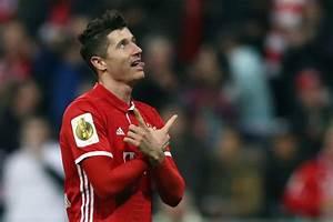 Bayern Munich smash Augsburg to maintain big Bundesliga ...