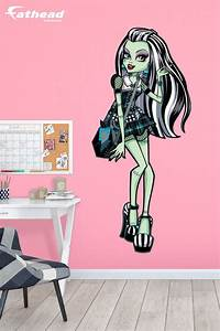 20 best images about diy girls bedroom decor ideas wall With monster high wall decals for girl