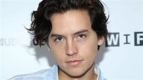 Riverdale Actor Cole Sprouse Lands In New Zealand