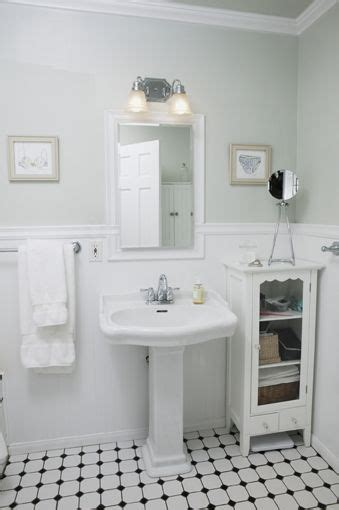 small vintage bathroom ideas vintage white bathroom how to style a small bathroom