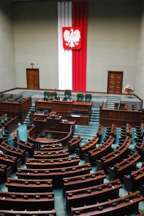 Petition update · Romania, o tara corupta cu o presa subjugata politic · Change.org