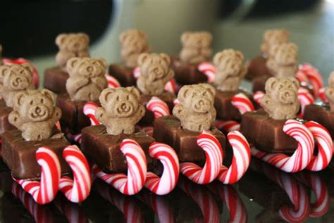 25 Festive Christmas Party Foods And Treats Kitchen Remodel Costs Hillside Paradise Custom Kitchens Delta Faucets Parts Burlap Curtains Public And Bar 305 Sky