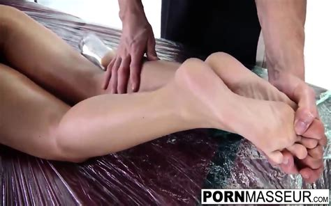 Capri Likes To Fuck And Gets Creampie Immediately After