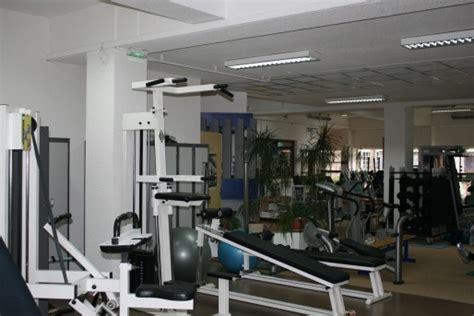 salles de sport bienvenue dans le monde des serviettes de toilette payantes rue89 strasbourg