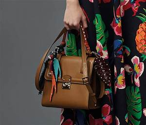 Valentino Gets Heavily Into Bag Charms for Resort 2017 ...