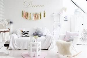 Cosy Pour Bébé : une chambre de fille pastel ~ Teatrodelosmanantiales.com Idées de Décoration