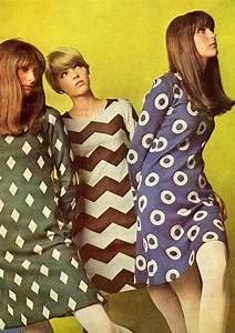 Pop Art Kleidung : foto 6 38 grafische muster geh ren zur 60er mode ~ Indierocktalk.com Haus und Dekorationen