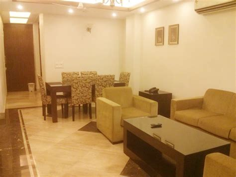 bhk furnished service apartment  gk   shortlong lease