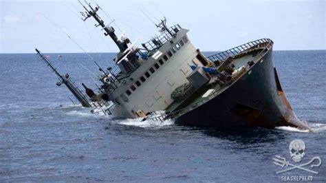 sea shepherd rescues crew of sinking pirate fishing ship