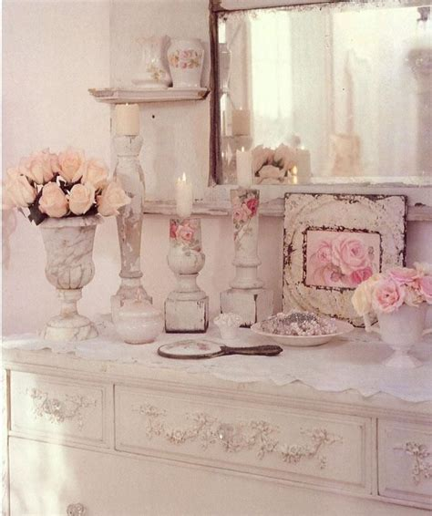shabby chic grooming 17 best images about chippy and worn on pinterest painted cottage the old and distressed dresser
