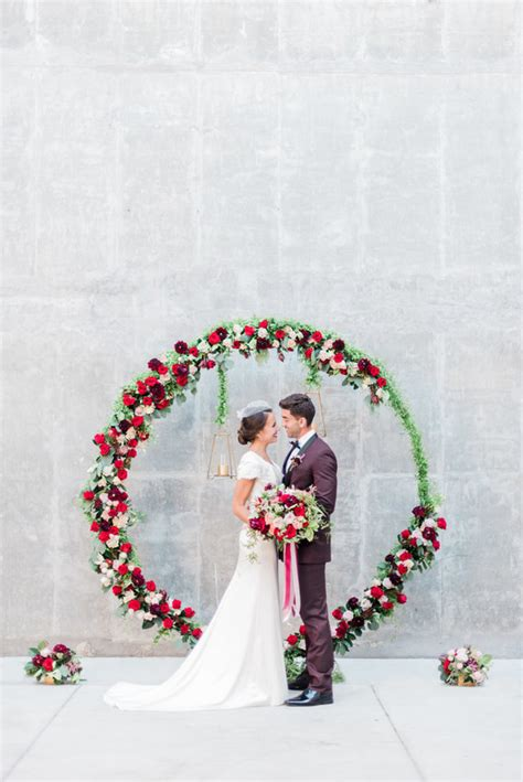 Large Floral Ceremony Wreath Wedding And Party Ideas 100