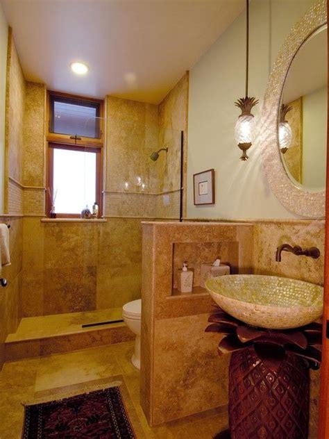 alcove   wall  genius small bathrooms design