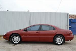 2000 Chrysler Concorde - Overview