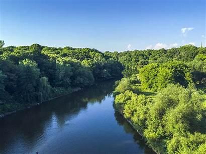 Milwaukee River Trail Leaf Oak Basin Plan