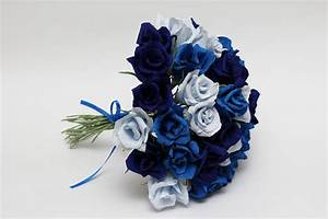 Gorgeous Blue Roses Wedding Bouquets to Inspire You | iPunya