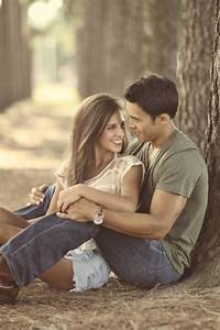 60 Best Ideas of Fall Engagement Photo Shoot | Engagement ...