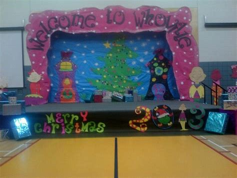 Grinch Backdrop by The Grinch Themed Concert School Concerts