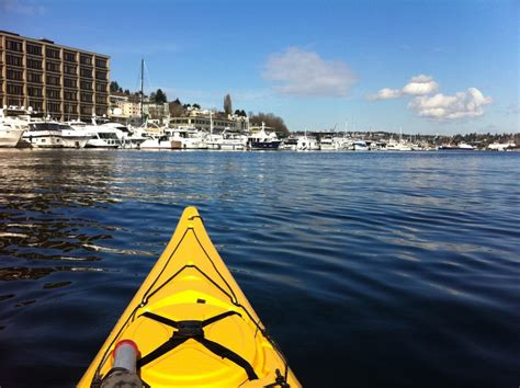 Boat Rental West Seattle by How To Go Kayaking In Seattle S Lake Union Visit Seattle