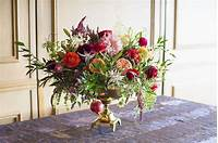 pictures of flower arrangements 15 Christmas Flower Arrangements - Winter Holiday Flower ...