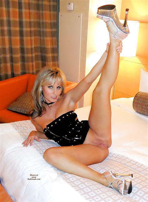 Naughty Cougar In Stripper Heels Pics