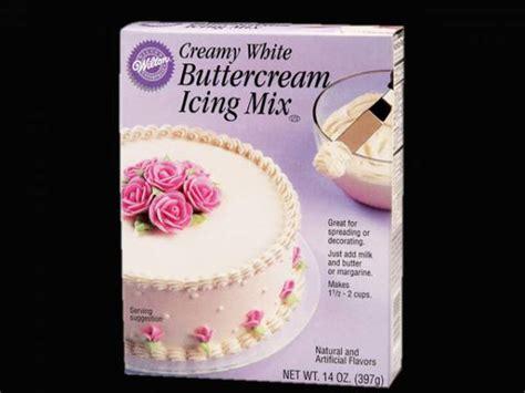 deco creme au beurre mix cr 232 me au beurre wilton pour deco de g 226 teau
