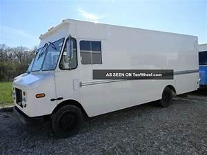 1999 Freightliner Stepvan Food Truck Cargo Concession 4 Bt