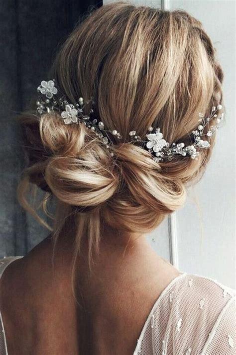 coiffure mariage cheveux courts frisés coiffure simple mariage cheveux courts
