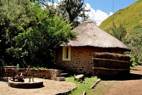 budget lesotho accommodation riverside huts maliba lodge lesotho