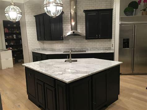 bonney lake wa black cabinet kitchen countertop granite