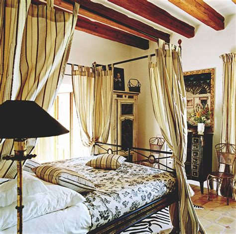 bedroom decorating ideas from arty to