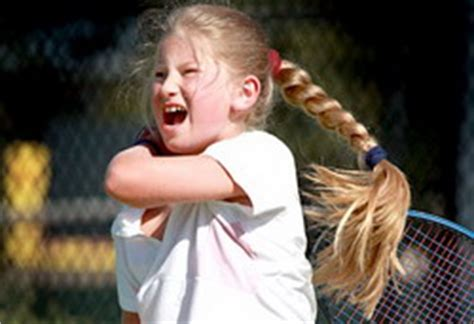 year  girl banned  playing tennis   loud grunting womens tennis blog