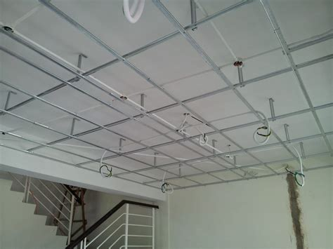 Realizzare Un Controsoffitto In Cartongesso by Controsoffitto In Cartongesso
