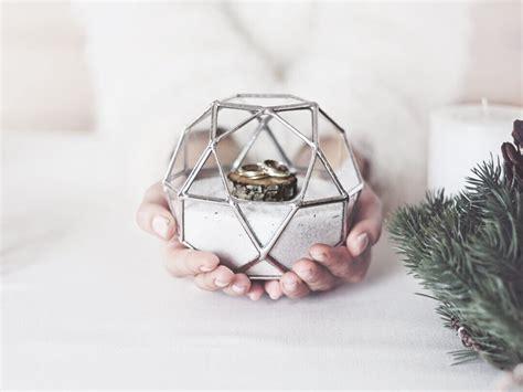 icosidodecahedron ring bearer box primrose