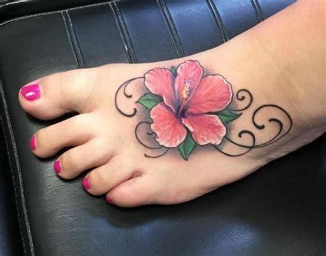 Hibiskus Tattoo Designs Mit Bedeutungen  15 Ideen