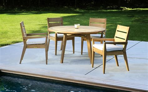Patio Furniture Nearby by Exelent Apartment Balcony Furniture Gift Home Design Ideas
