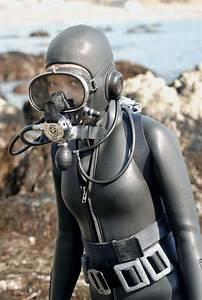 517 best antique scuba images on Pinterest   Frogs, Scuba ...