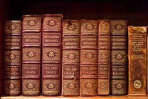 File Volumes Of The Encyclop U00e6dia Britannica  9th Edition