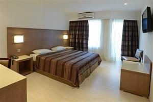 Image De Chambre : chambres d 39 h tel calvi dormir calvi ~ Farleysfitness.com Idées de Décoration
