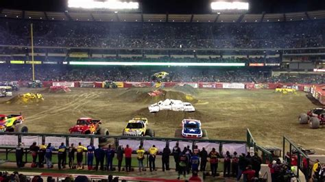 monster truck show anaheim stadium monster jam 2013 anaheim ca angel stadium freestyle