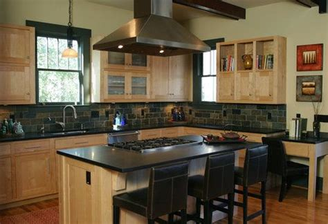 backsplash ideas for black granite countertops and maple cabinets 1000 images about kitchen remodel on pinterest black