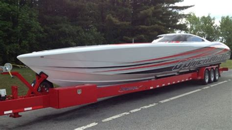 Fast V Hull Boats by Fast Speed Boats From Mystic Mti Skater And Outerlimits
