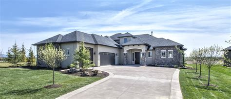 boise idaho parade  homes build idaho