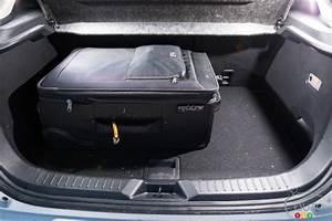 Mazda 3 Coffre : photos de la mazda cx 3 2016 auto123 ~ Medecine-chirurgie-esthetiques.com Avis de Voitures