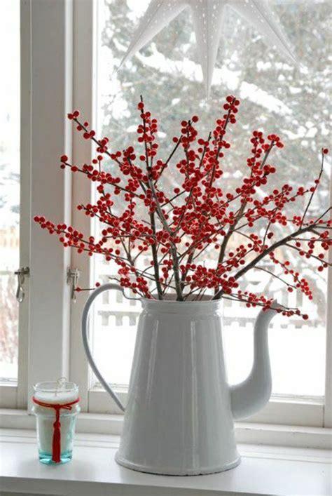 Fensterdeko Weihnachten Rot by Fensterdeko F 252 R Weihnachten Rote Beeren Zweige Wei 223 E Kanne