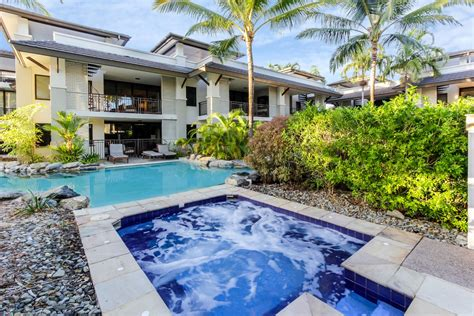 3 Bedroom Units Port Douglas by Swim Out 148 149 3 Bedroom Apartment Sea Temple Port